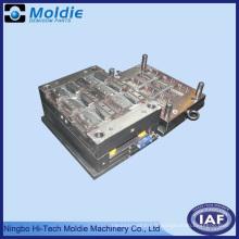 Moule en acier pour la production d'injection plastique
