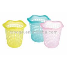 contenedores plásticos de basura de la oficina molde