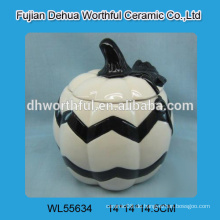 Personalisierte keramische Halloween-Behälter in Kürbisform