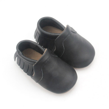 Fashion Shoes New Born Baby Moccasins in Buck