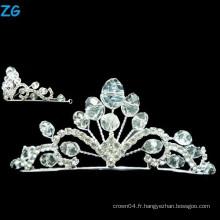 Couronne élégante à rayons de cristal et couronne de mariage en cristal