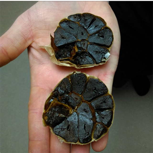 whole black garlic (8)