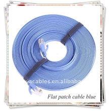 RJ45 Cable plano de conexión para redes, azul uno.