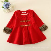 bebé niños chaquetas nuevas llegadas muestras availble rojo lana caliente chaquetas de lana de satén al por mayor abrigos de fábrica con pañuelo al cuello