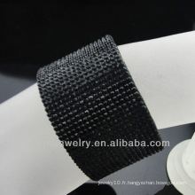 Vente en gros Bracelet en cuir noir en cristal avec boucle en aimant en acier inoxydable