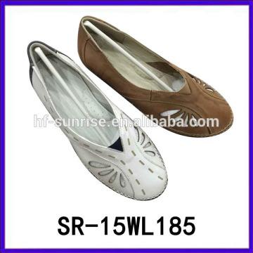 Geniune Leder Porzellan Frauen Schuhe Leder Mutter Schuhe Frauen flache Schuhe