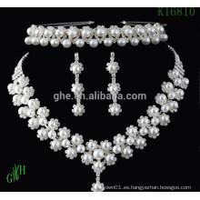Tres piezas Yiwu boda collar de perlas de diamantes de imitación