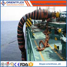 Tuyau en caoutchouc de transport d'huile de dock