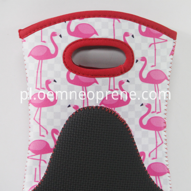 Alt Flamingo Cooking Oven Mitts