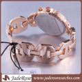 Fashion Wrist Watch Chesp Gift Watch Women′s Alloy Watch