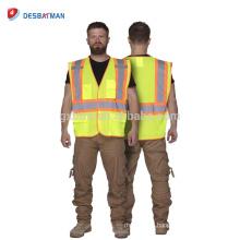 Le travail extérieur jaune des hommes porte pour les travailleurs des chemins de fer Gilet de sécurité de visibilité élevée avec des poches réfléchissantes à deux tons ANSI / ISEA