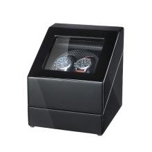 Enrolador de relógio em fibra de carbono com acabamento preto