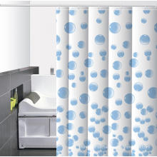 Wasserdichtes Bad mit Duschvorhang