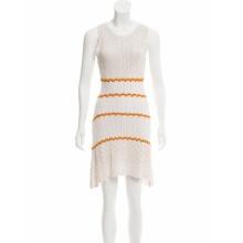 Vente chaude sans manches en tricot festonné crochet robe
