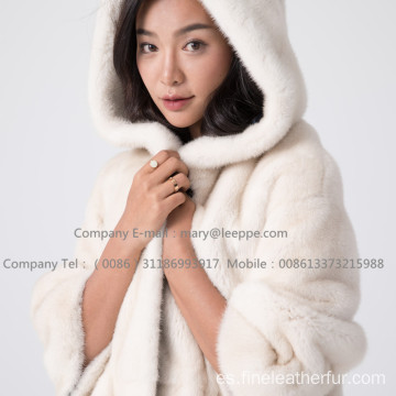 Kopenhagen Winter Velvet Mink Coat Lady