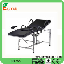 Chaise de table d'examen gynécologique d'hôpital