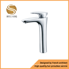 Brass Body Kitchen Faucet with Competitive Price (AOM-1301)