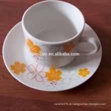 xícaras e pires de chá impressos personalizados