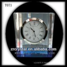 Magnifique horloge en cristal K9 T071