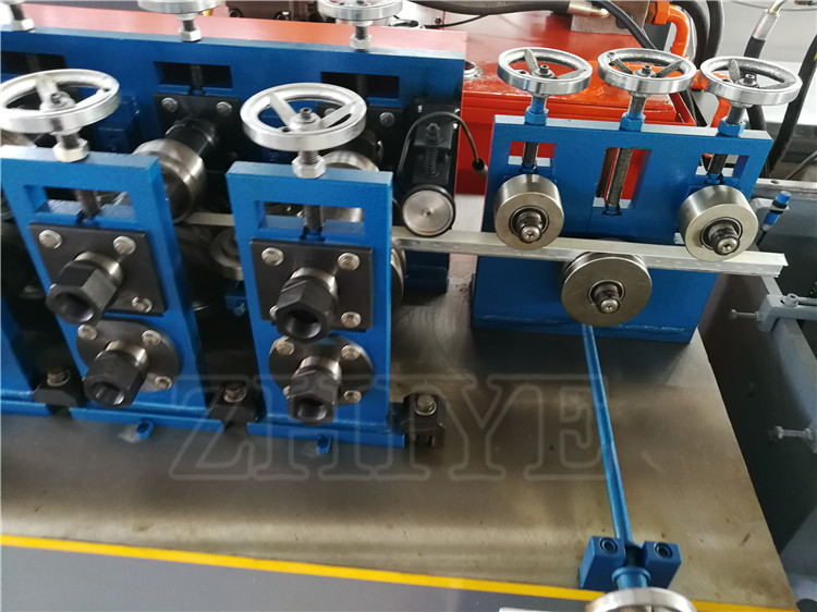roller forming machinery