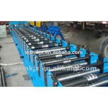 Máquina formadora de rollos con panel de techo autobloqueado