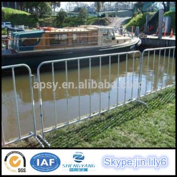 Barrera de barrera temporal para barrera de acero para control de multitudes