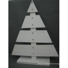 Árvore de Natal da alta qualidade de madeira na cor branca de exposição ao ar livre