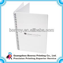 Cuadernos con cubierta de plástico