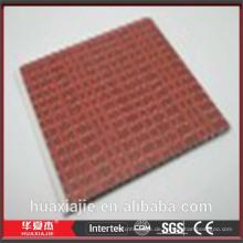 Rote dekorative Wandverkleidungen