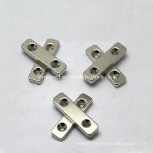 Bloc de blocage lisse NdFeB Magnet avec deux contre-pièces centrales