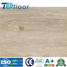 Revestimento plástico do PVC do vinil do composto WPC do projeto de madeira de alta qualidade