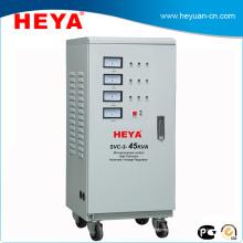 Régulateurs de tension automatiques SVC 45KVA à 3 phases / stabilisateur de tension du servomoteur