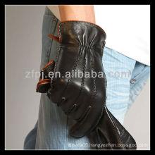2013 CCTV advisted customized leather glove