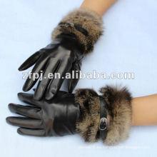 Piel de conejo de las señoras del invierno adornan el guante