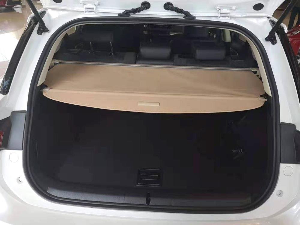 Lexus CT200H Retractable Trunk Cover