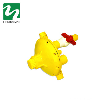 Factory Supply chicken water pump pressure regulator battery operated glass cup drinking automatic control