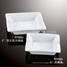 Forno de porcelana branca durável e durável cinzeiro quadrado seguro