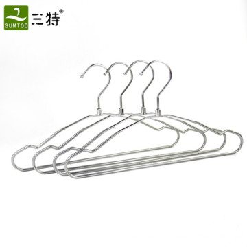 балконные стальные вешалки для одежды оптом