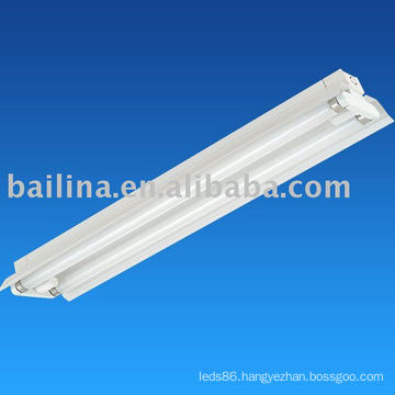 T5 Fluorescent Fixture With Reflector