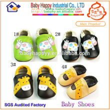 Zapatos de bebé suaves únicos del fabricante de la suela de China