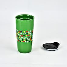 Hochwertige Kaffeekeramik-Souvenirbecher mit Plastikkappe