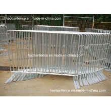 6 pies X 4 pies de diente galvanizado caliente multitud de control de barreras con pies fijos