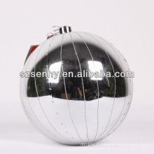 grande ornamento de prata de bola de natal