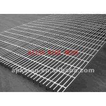 Grille en acier soudé dans la couverture de drain / tranchée / mine / escalier / escalier / industrie chimique