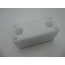 Пом/ пластмассы delrin подвергая механической обработке