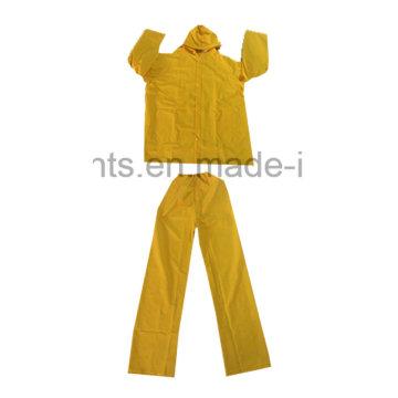 PVC / Polyester PVC étanche Vêtements de travail en plein air Vêtements Raincoat Rainsuit (RWB03)