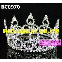 Pequenas coroas de desfile de moda