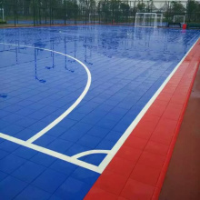 terrain de football multi-usages de futsal