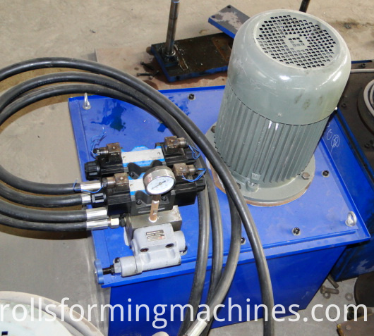 lows matel roofing cost and ridge cap making machine 04