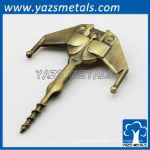 Custom todo tipo de artesanato de metal na fábrica de Xangai abridor de garrafas de vinho